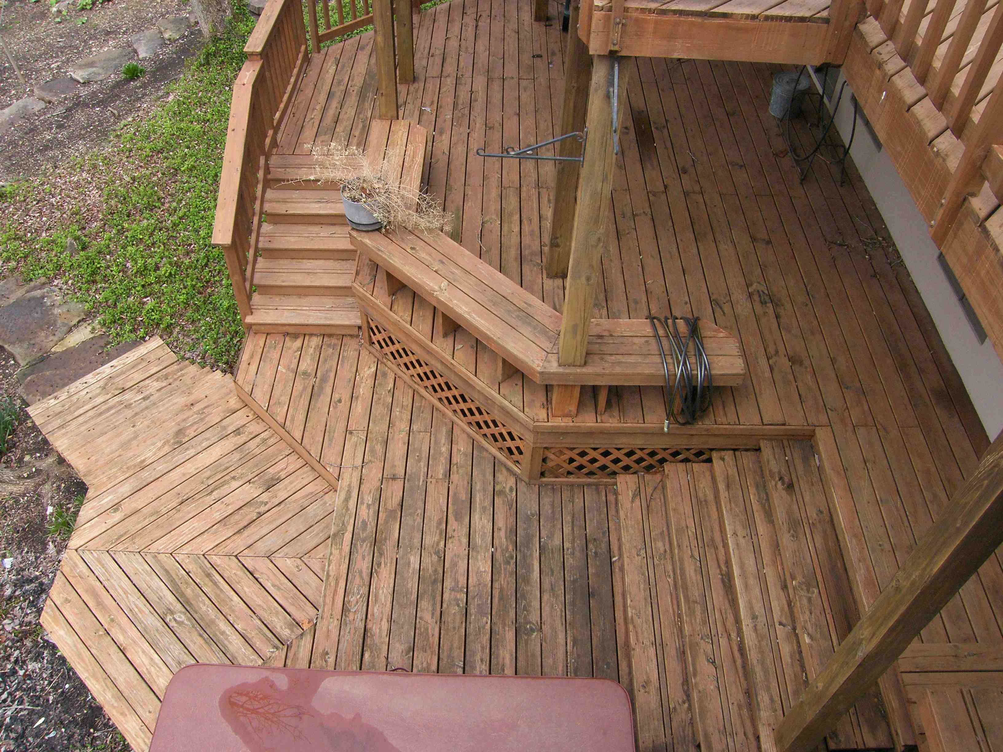 Featured Work Deck Staining In Hartsburg Near Columbia